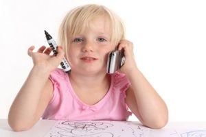 Telefon komórkowy – przyjaciel dziecka