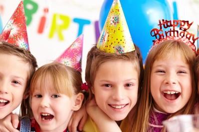 Bajkowe urodziny – dlaczego warto zrobić tematyczne urodziny dla dziecka?