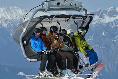 Jak zorganizować udany wyjazd na narty z dziećmi?