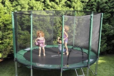 Skocz po zdrowie z trampoliną!