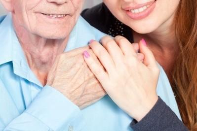 Jak ułatwić życie seniorowi? Kilka ważnych porad
