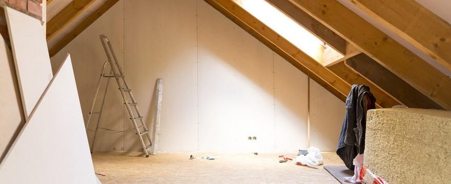 Jak ocieplenie poddasza wpływa na koszt ogrzewania domu