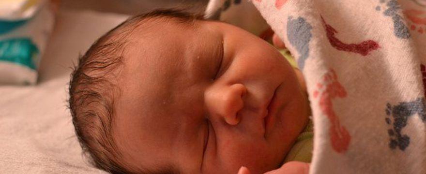 Jak sprawnie i szybko ubrać dziecko? FILM