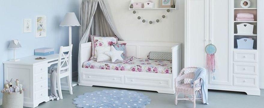 Pokój dziecka w kolorze białym: TOP 5 rad jak urządzić pokój dla dziecka