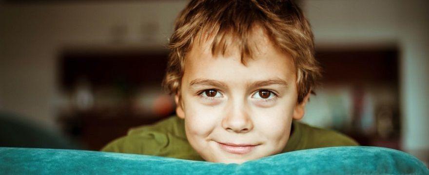 Czy to dobrze, jeśli dziecko jest zawsze grzeczne? Kiedy zacząć uczyć dziecko asertywności?