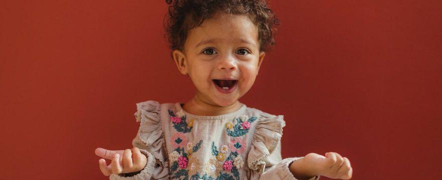 Przed-ząbkowanie czyli swędzące dziąsła niemowlaków