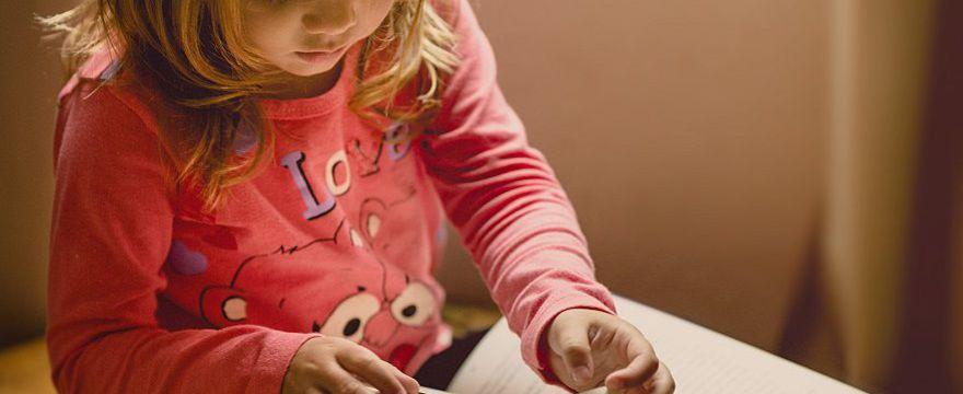 Jak chronić dzieci przed koronawirusem? Konkretne wytyczne UNICEF, WHO i Czerwonego Krzyża