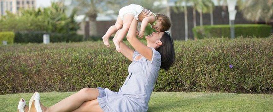 Miesiączka po porodzie – wywiad z EKSPERTEM