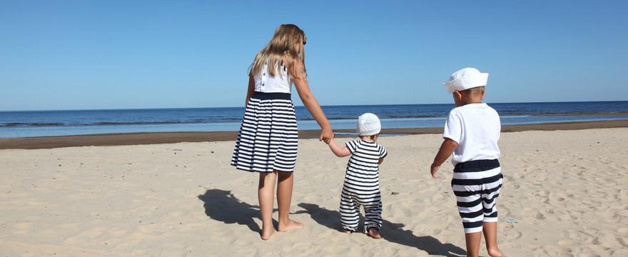 Dziecko bezpieczne na słońcu – ochroń skórę malucha