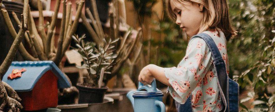 Co podać dziecku kiedy wymiotuje? Porady rodziców