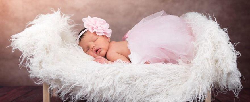 Dlaczego dziecko chrapie? Czy to jest niebezpieczne i jak leczyć?