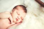 Ulewanie u noworodka – mija, ale o kilku rzeczach pamiętaj!